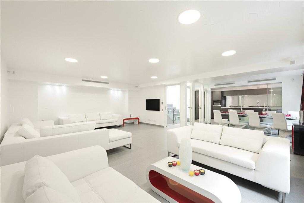 5 Bedrooms Mews House for sale in Chagford Street, Marylebone, London, NW1