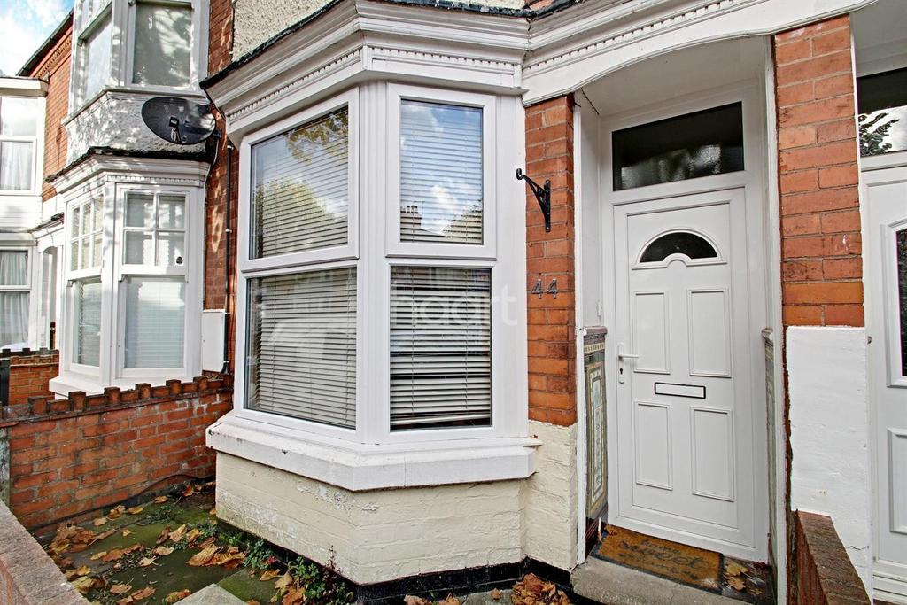 2 Bedrooms Terraced House for sale in Eastleigh Road, Leicester