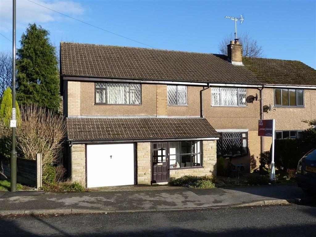 4 Bedrooms Semi Detached House for sale in Bowland Road, Glossop