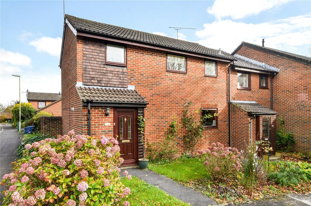 3 Bedrooms End Of Terrace House for sale in Falcon View, Winchester, Hampshire, SO22