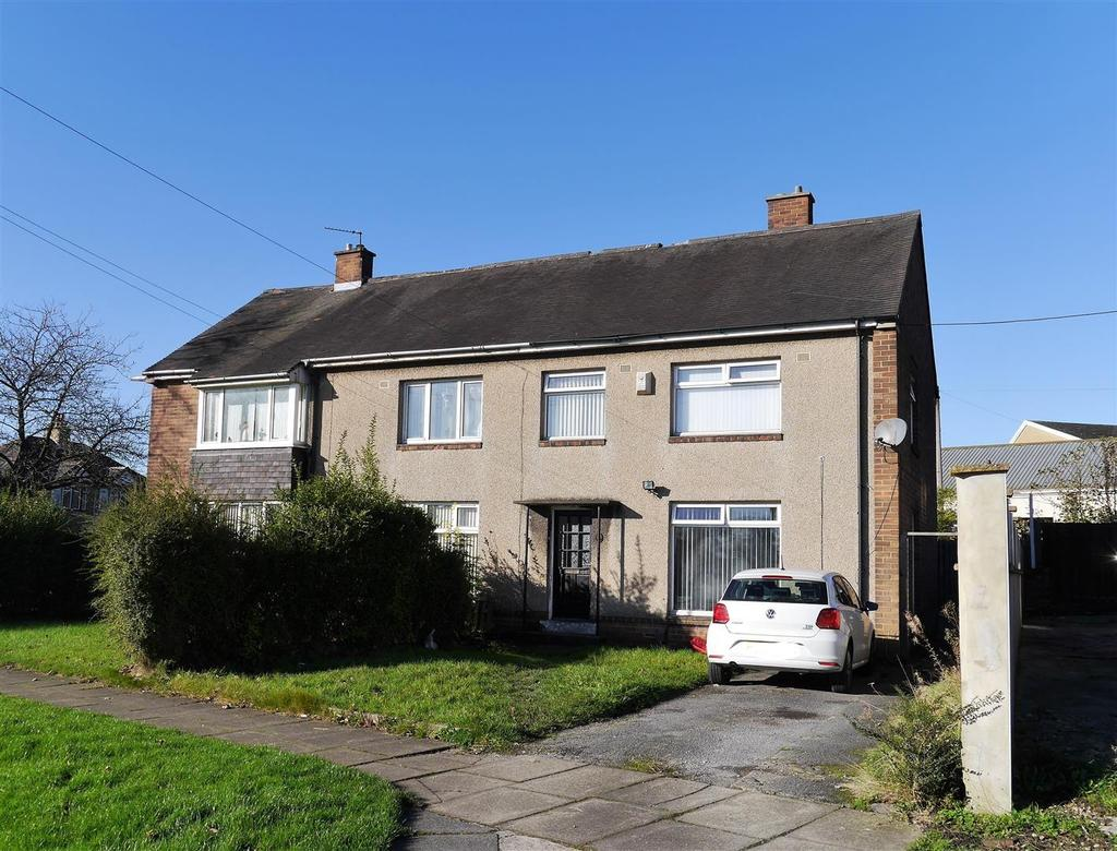 3 Bedrooms Semi Detached House for sale in 44 St. Pauls Avenue, Wibsey, Bradford, BD6 1SP
