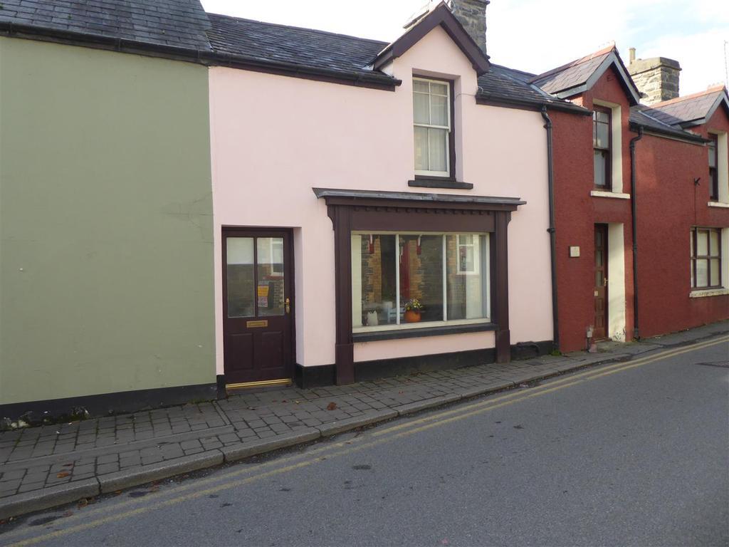 1 Bedroom Cottage House for sale in Station Road, Tregaron