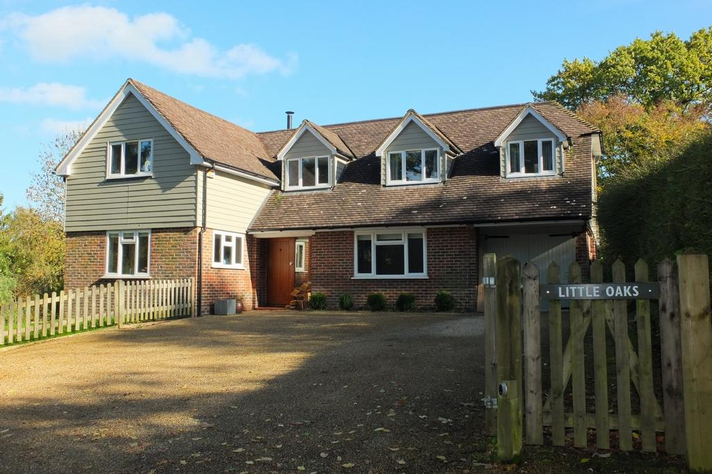 4 Bedrooms House for sale in Beresford Lane, Plumpton Green, BN8