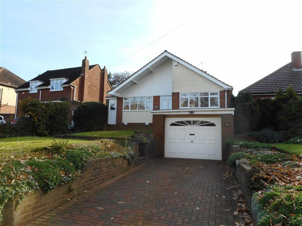 3 Bedrooms Detached Bungalow for sale in Stoney Lane, Walsall, West Midlands
