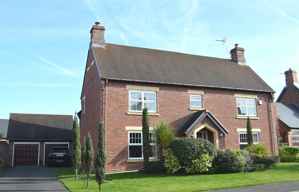 5 Bedrooms Detached House for sale in Ashbourne Drive, Weston, Crewe