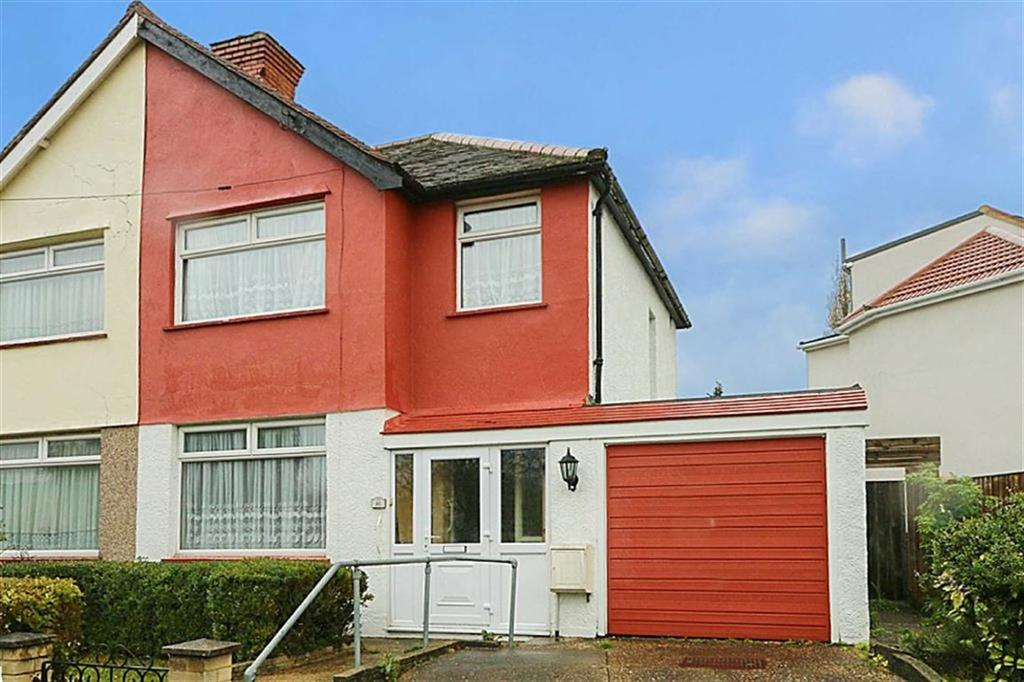 3 Bedrooms Semi Detached House for sale in Duncroft, Plumstead, London, SE18