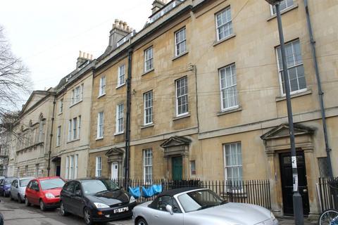 2 bedroom maisonette to rent - Kensington Place