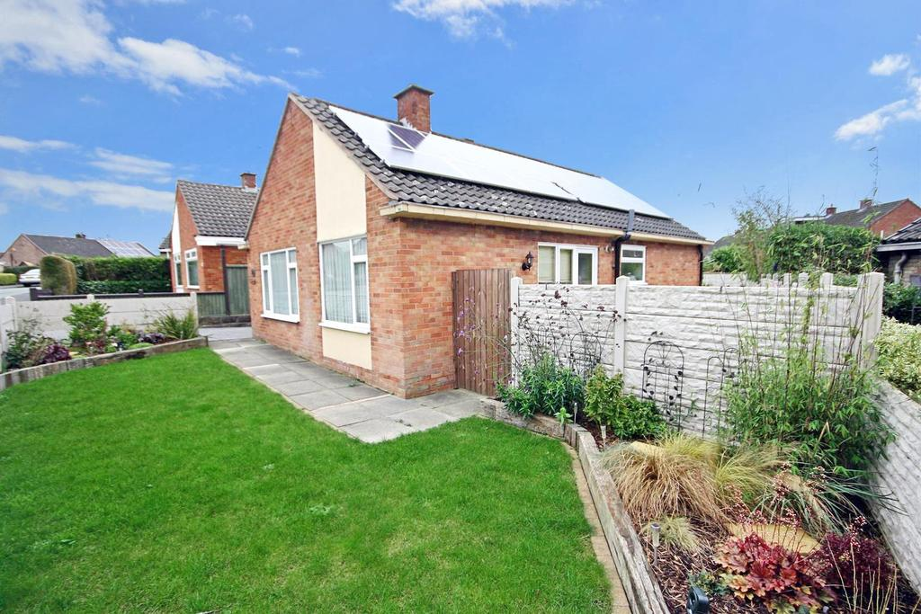 2 Bedrooms Detached Bungalow for sale in Greyfriars, Oswestry