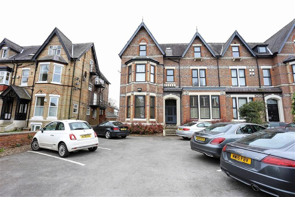 1 Bedroom Apartment Flat for sale in Palatine Road, West Didsbury, Manchester