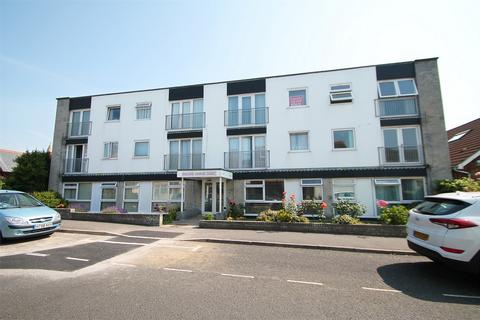 2 bedroom flat to rent - William George Court, 68 High Street, Lee-on-the-Solent, Hampshire