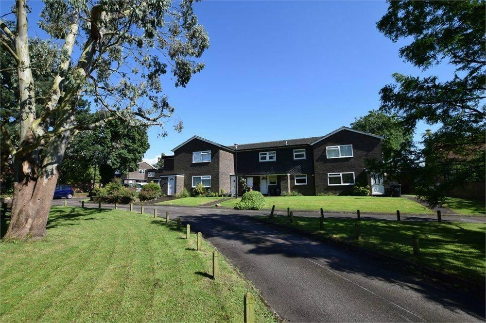 1 Bedroom Flat for sale in Castano Court, Kitters Green, ABBOTS LANGLEY, Hertfordshire