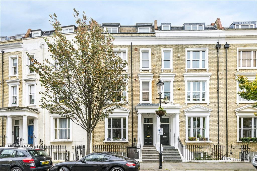 2 Bedrooms Flat for sale in Eardley Crescent, Earls Court, London, SW5