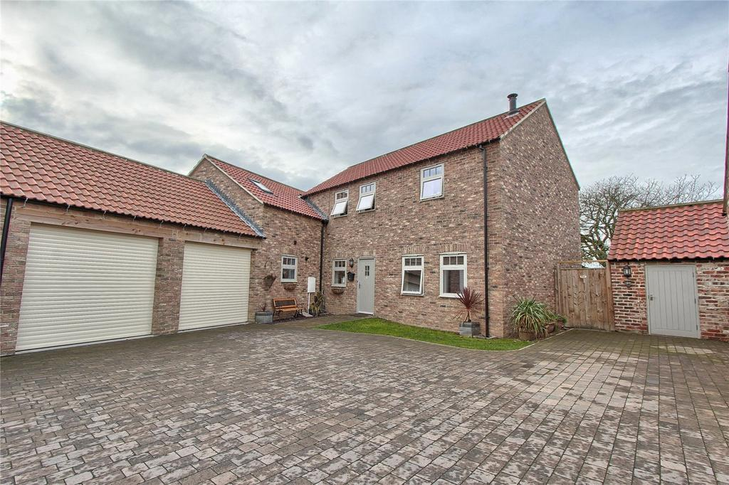 4 Bedrooms Detached House for sale in Green Farm Close, Wolviston