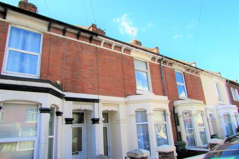 4 bedroom property to rent - Fawcett Road, Southsea, PO4