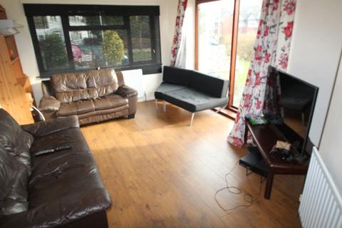 5 bedroom detached house to rent - Becketts Park Drive, Headingley, LS6 3PL