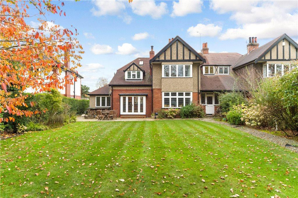 6 Bedrooms Semi Detached House for sale in Slingsby Walk, Harrogate, North Yorkshire