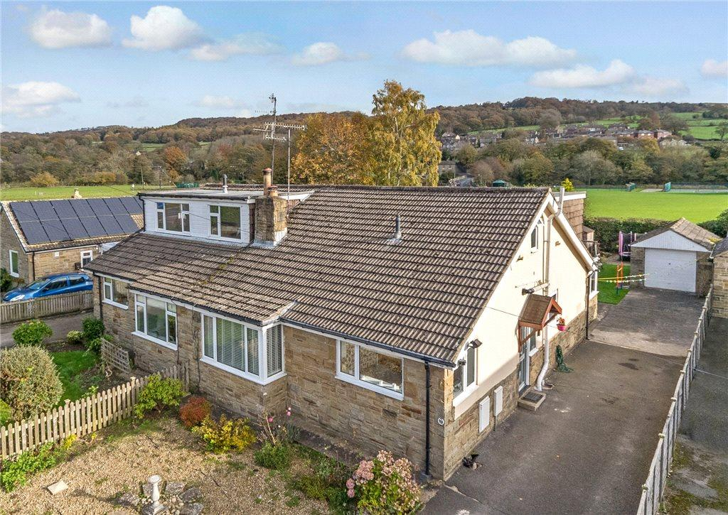 4 Bedrooms Semi Detached Bungalow for sale in Church Avenue, Dacre Banks, Harrogate, North Yorkshire