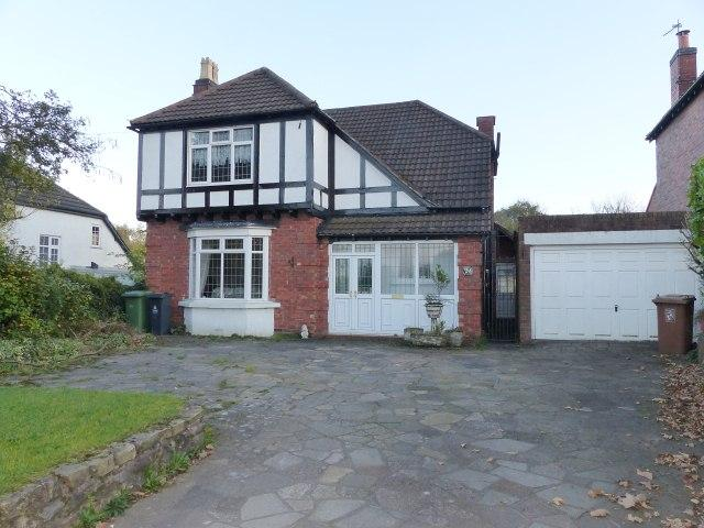 3 Bedrooms Detached House for sale in Lichfield Road,Sandhills,Walsall Wood