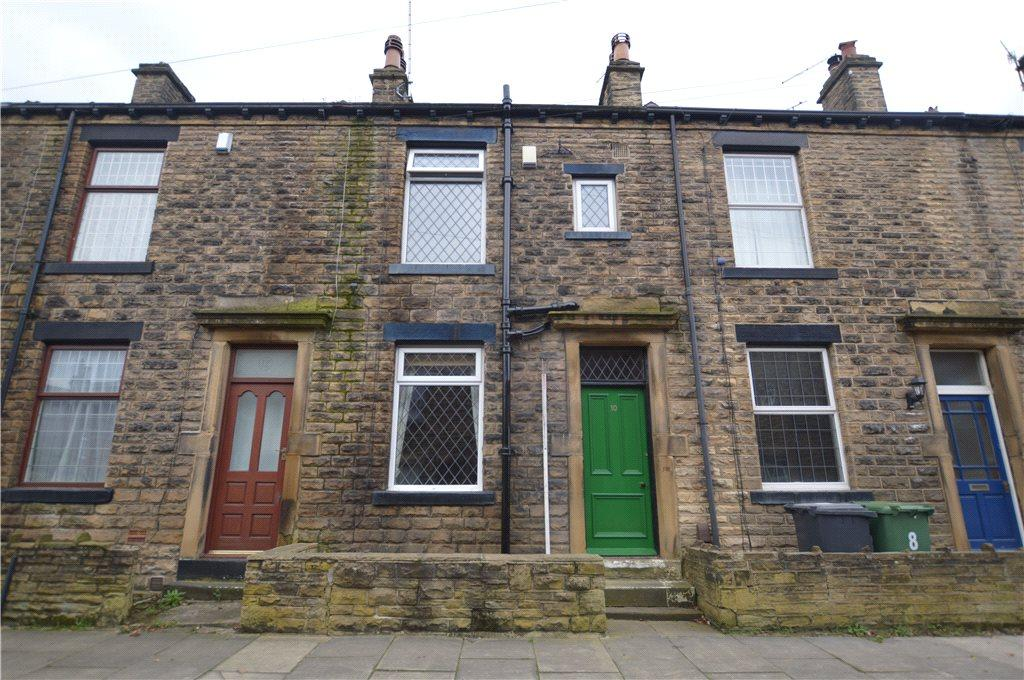 3 Bedrooms Terraced House for sale in Beckbury Street, Farsley, Pudsey, West Yorkshire