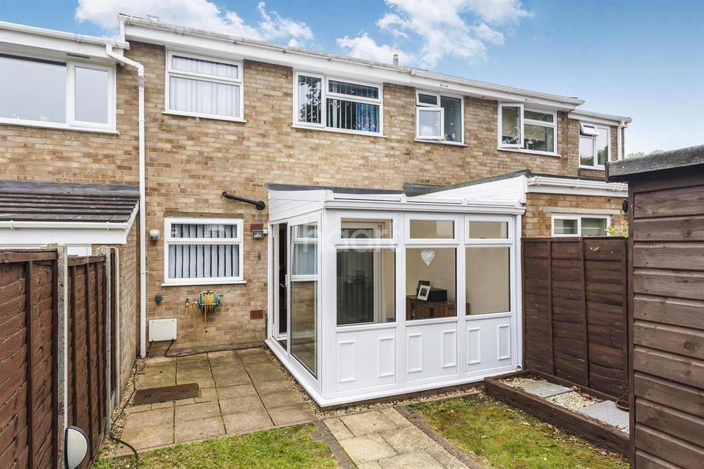 2 Bedrooms Terraced House for sale in Opal Green, Lords Wood