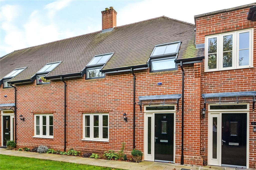 2 Bedrooms Retirement Property for sale in Milesdown Place, Winchester, Hampshire, SO23