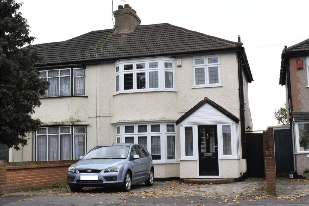 3 Bedrooms Semi Detached House for sale in Suttons Avenue, Hornchurch, RM12