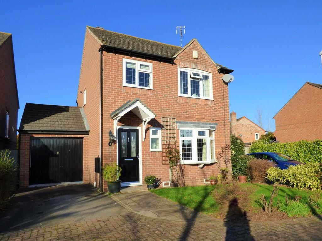 3 Bedrooms Detached House for sale in Whitehead Drive, Wellesbourne
