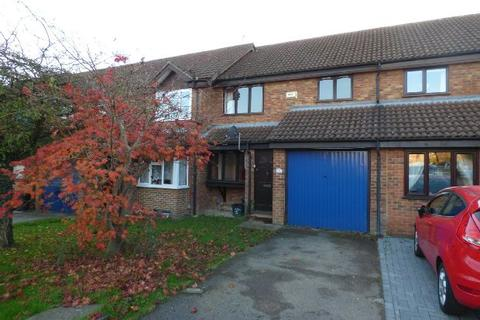 3 bedroom terraced house to rent - St. Clements Close, Lower Earley, RG6 4BT