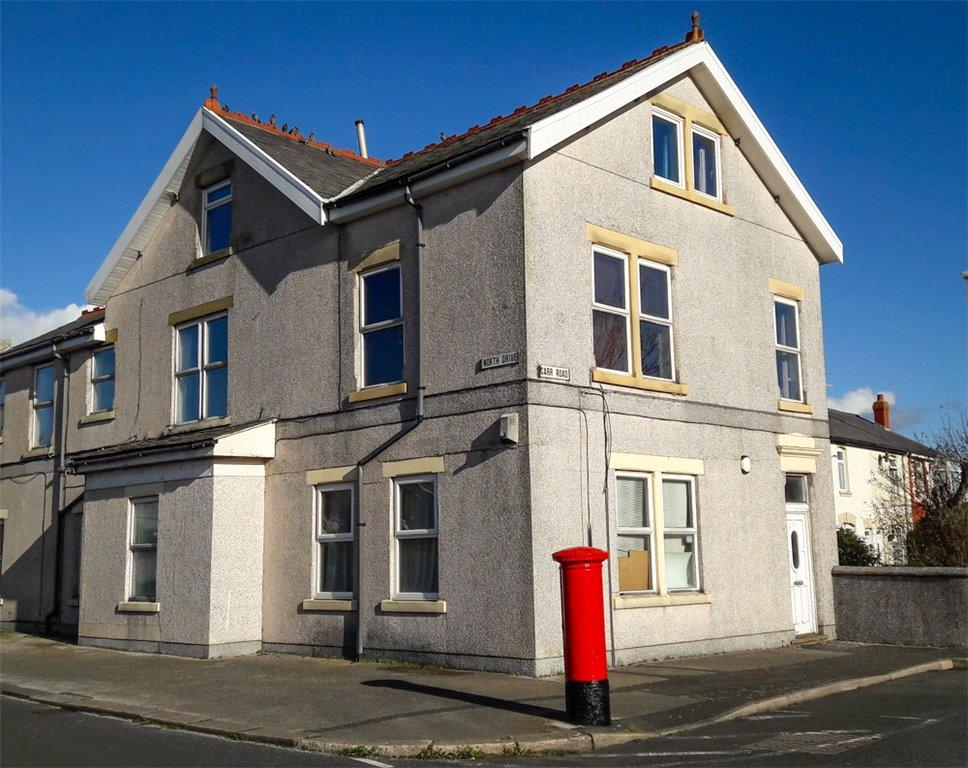 2 Bedrooms Penthouse Flat for sale in Flat 2, Carr Road, Bispham, Blackpool