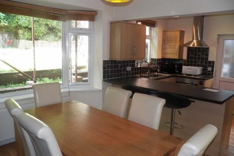 3 bedroom property to rent - Mount Pleasant Hill, Swansea
