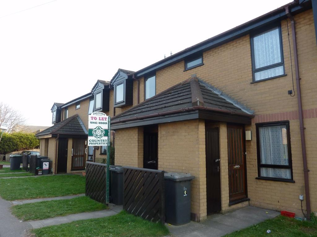 2 Bedrooms Flat for sale in Arlesey Road, Stotfold, Hitchin, SG5