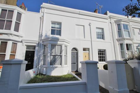 2 bedroom terraced house for sale - Upper North Street, Brighton, BN1 3FL