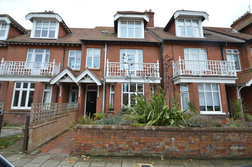 5 Bedrooms Terraced House for sale in Sheringham