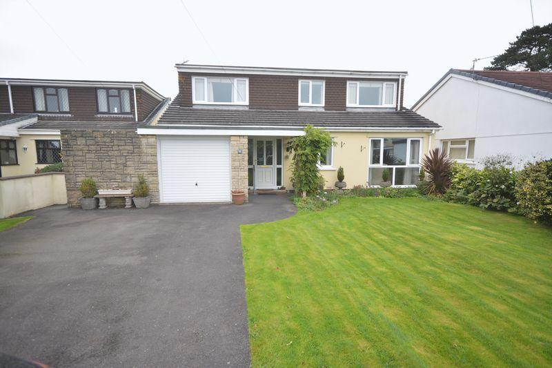 4 Bedrooms Detached House for sale in Glebeland Close, Coychurch, Bridgend, CF35 5HE