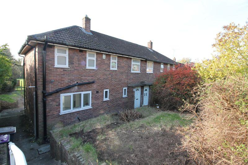 3 Bedrooms Semi Detached House for sale in Withington Close, Oakengates, Telford