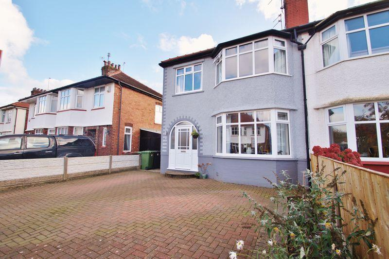 3 Bedrooms House for sale in Balmoral Drive, Southport
