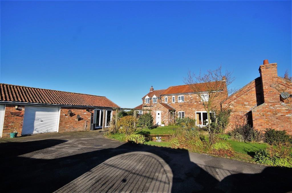 4 Bedrooms Detached House for sale in Long Lane, Ingham