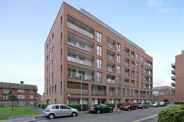 2 Bedrooms Flat for sale in Callisto Court, Canning Town