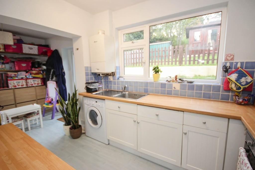 Kitchen and Kid's Area