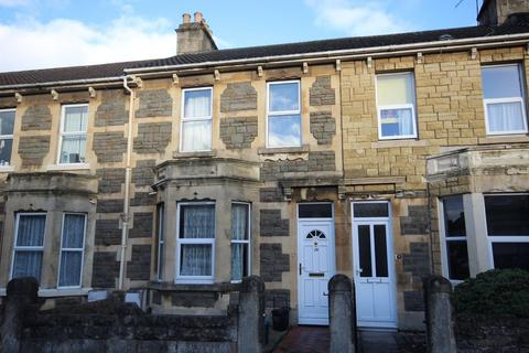 5 bedroom detached house to rent - Third Avenue, BA2 3NY