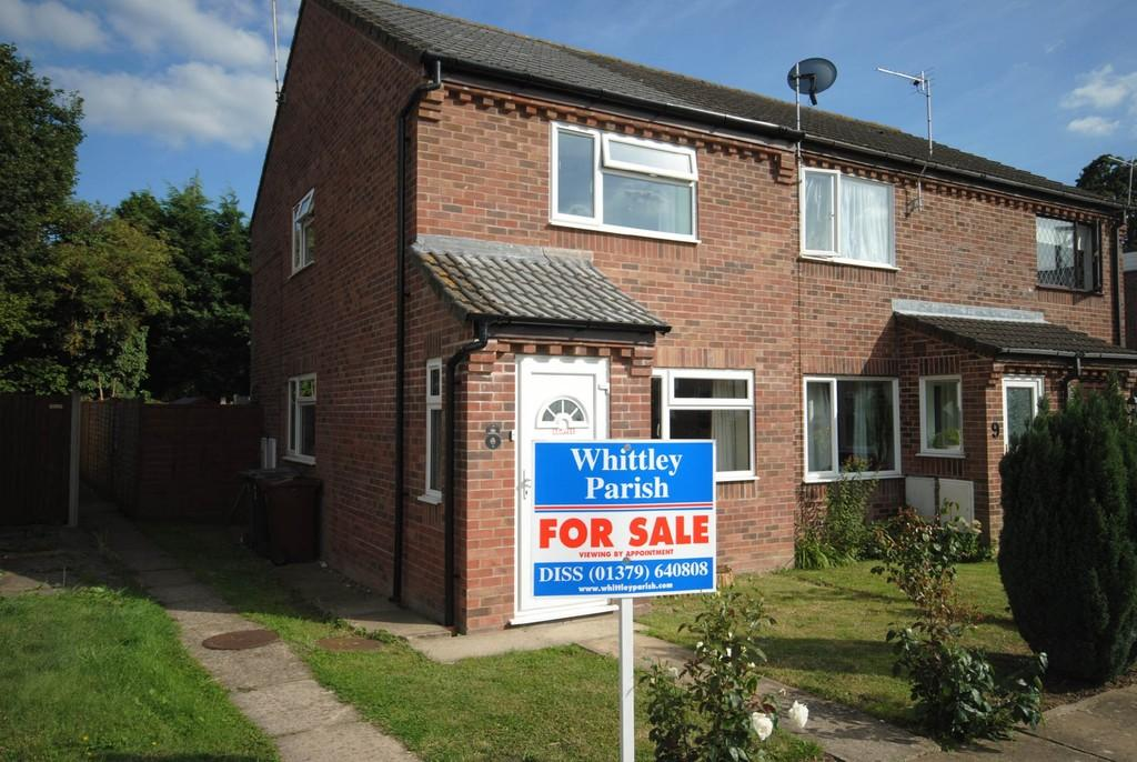 2 Bedrooms End Of Terrace House for sale in Constable Close, Diss