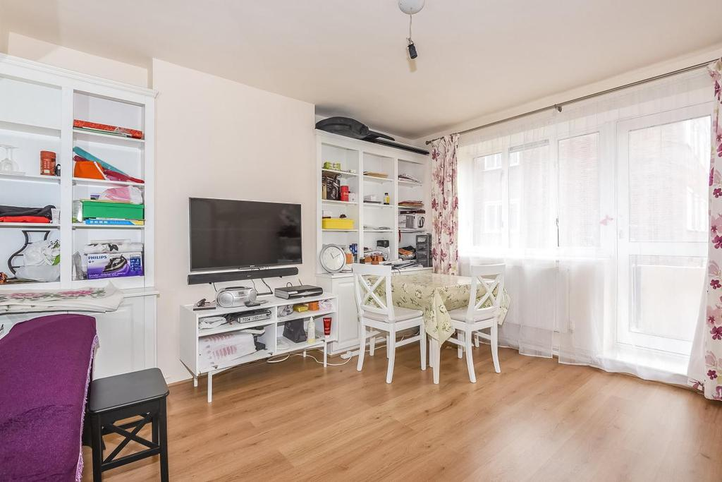 1 Bedroom Flat for sale in Stoneleigh Place, Holland Park