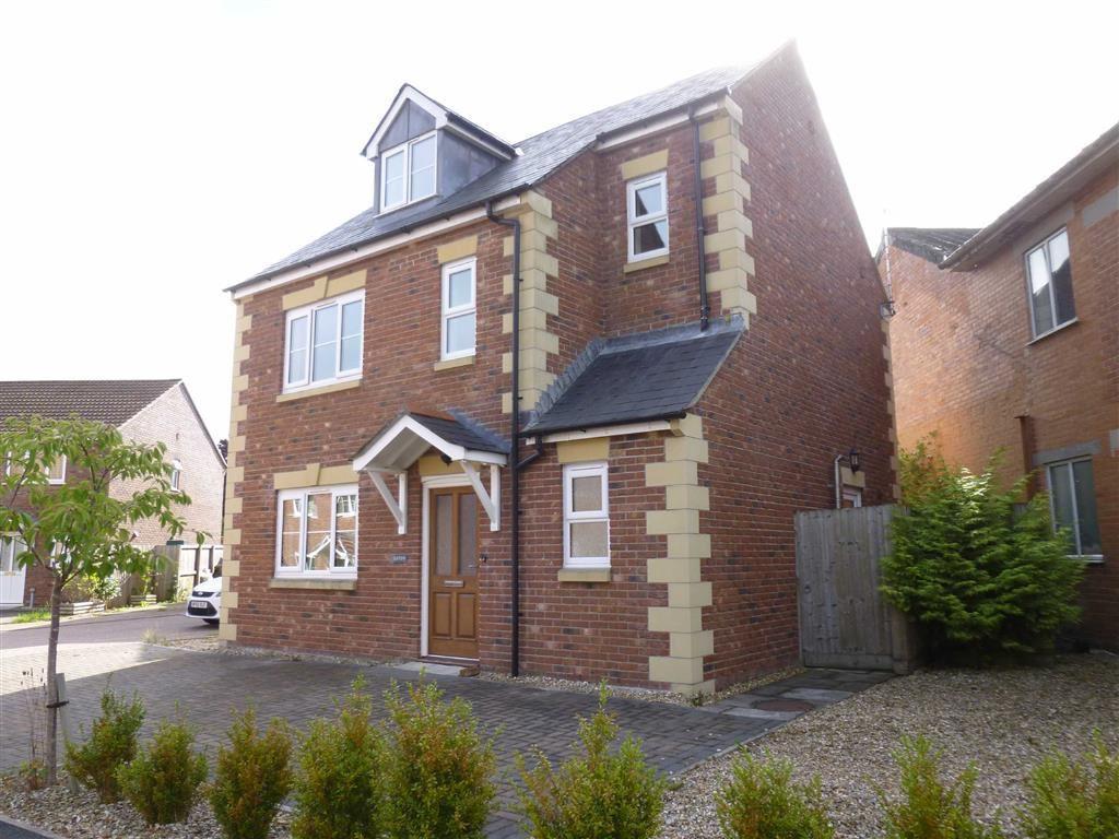 3 Bedrooms Detached House for rent in Culmstock Road, Hemyock, Hemyock, Devon, EX15