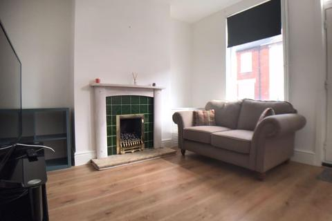 2 bedroom property to rent - St Andrews Street, LINCOLN LN5