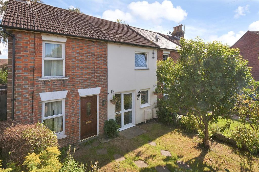 3 Bedrooms Terraced House for sale in The Freehold, Hadlow