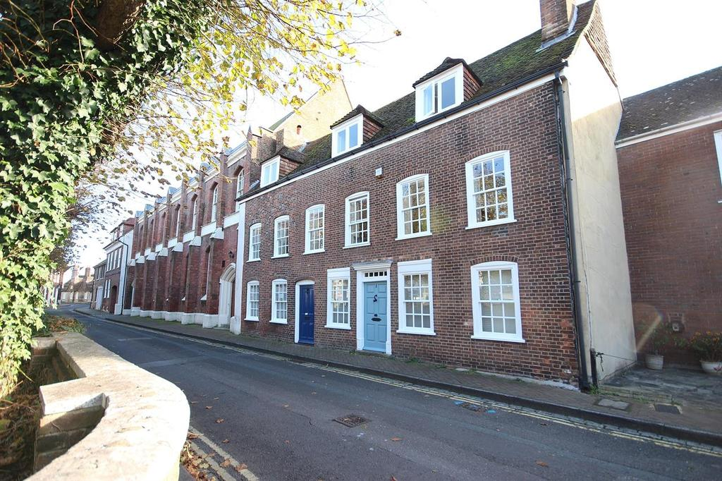 2 Bedrooms Town House for sale in Church Street, Poole