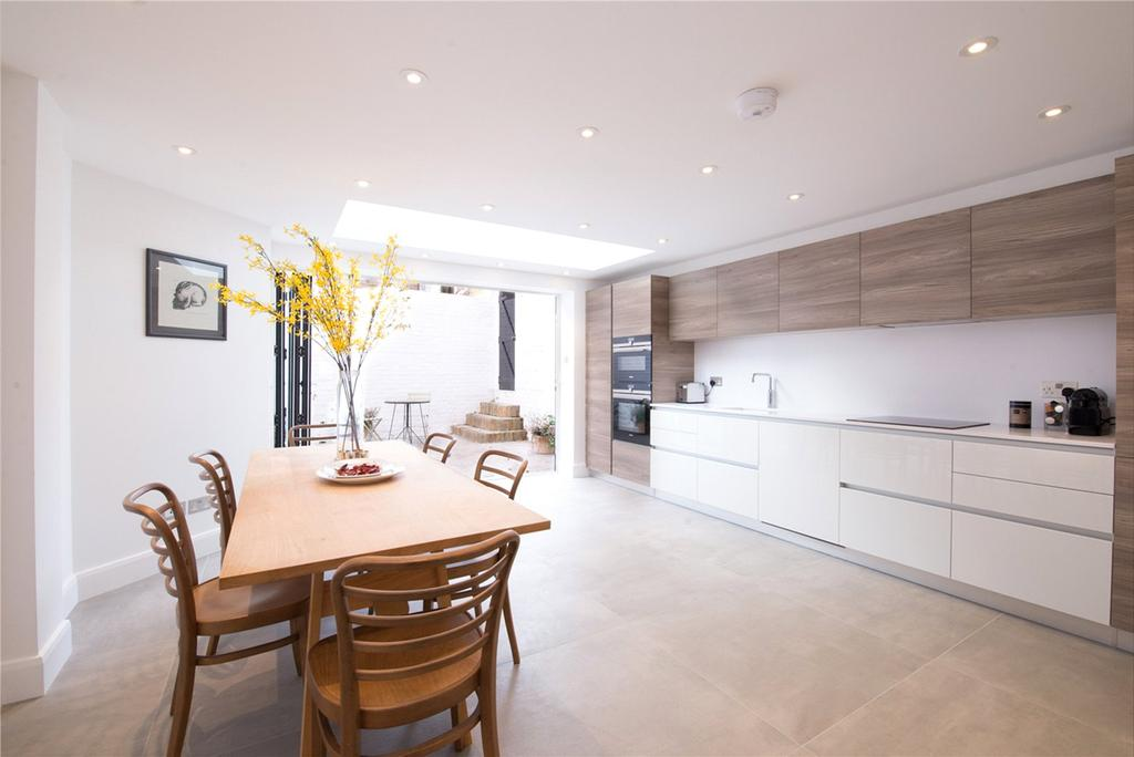 4 Bedrooms End Of Terrace House for sale in Knivet Road, Fulham Broadway, Fulham, SW6