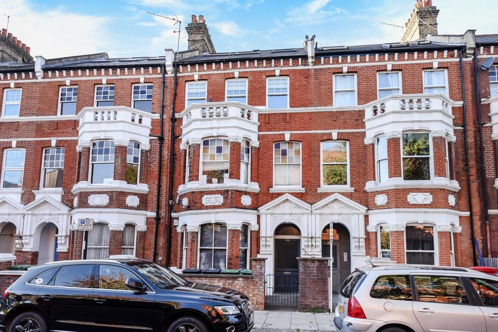 2 Bedrooms Flat for sale in Mazenod Avenue, West Hampstead