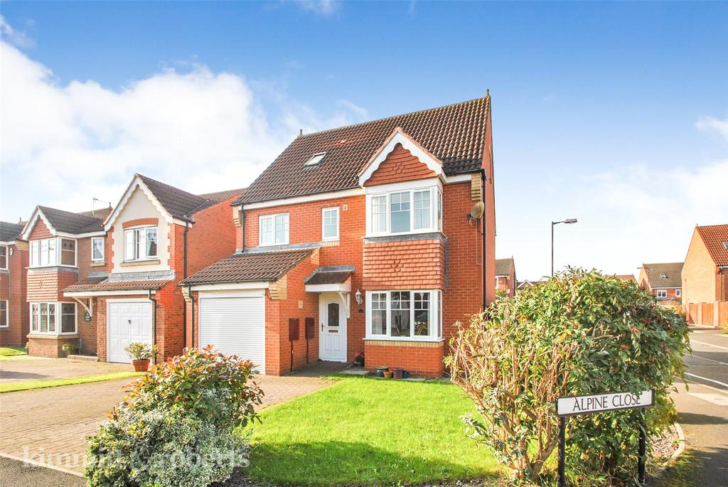5 Bedrooms Detached House for sale in Alpine Close, Biddick Woods, Houghton le Spring, DH4