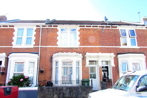 4 bedroom property to rent - Telephone Road, Southsea, PO4